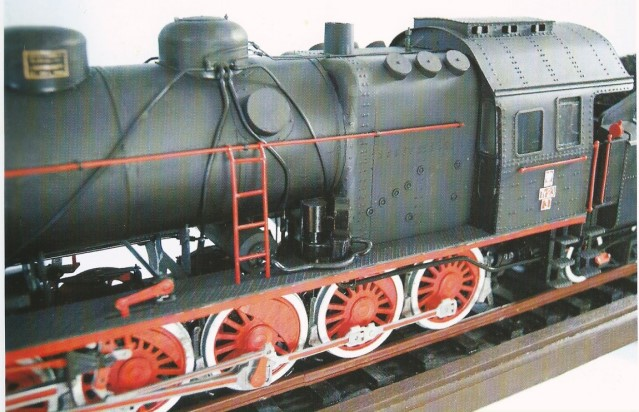 steam engine TY23 -8