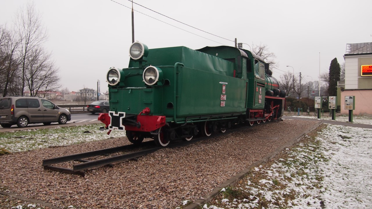 narrow gauge steam engine px48 view 10