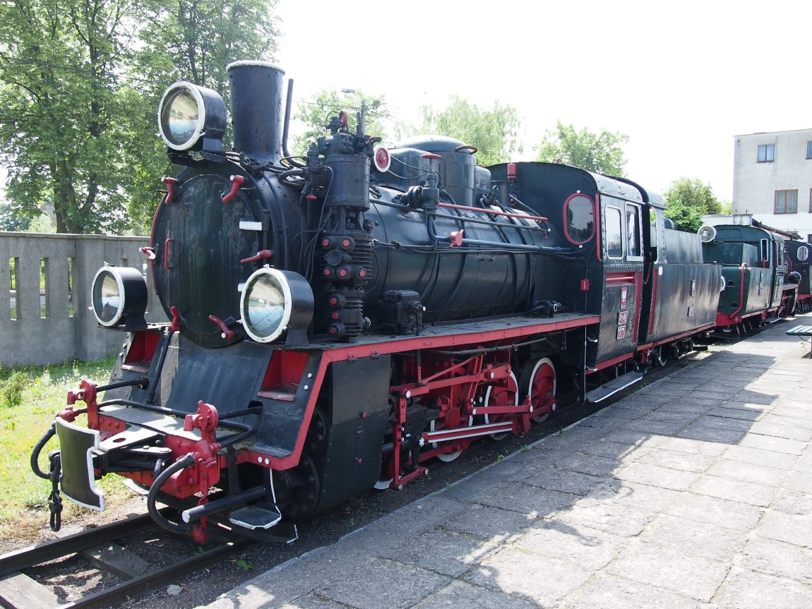 px48 steam engine sochaczew 1